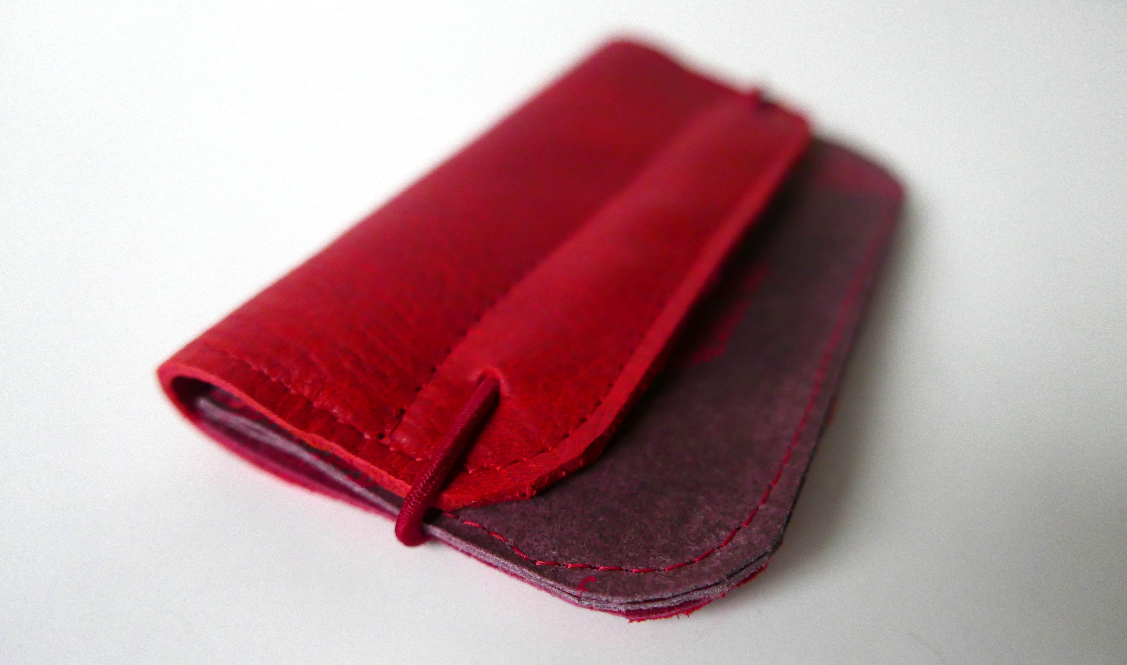 fa2a0cca8c2 Leren portemonnee in verschillende kleuren rood ⋆ MiONtas