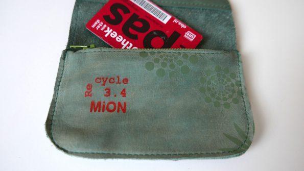 Miontas groene leerr met groene print