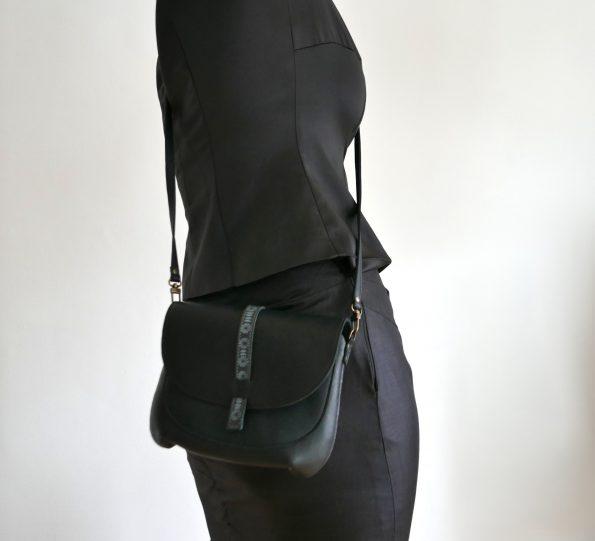 Mini Miontas in zwart